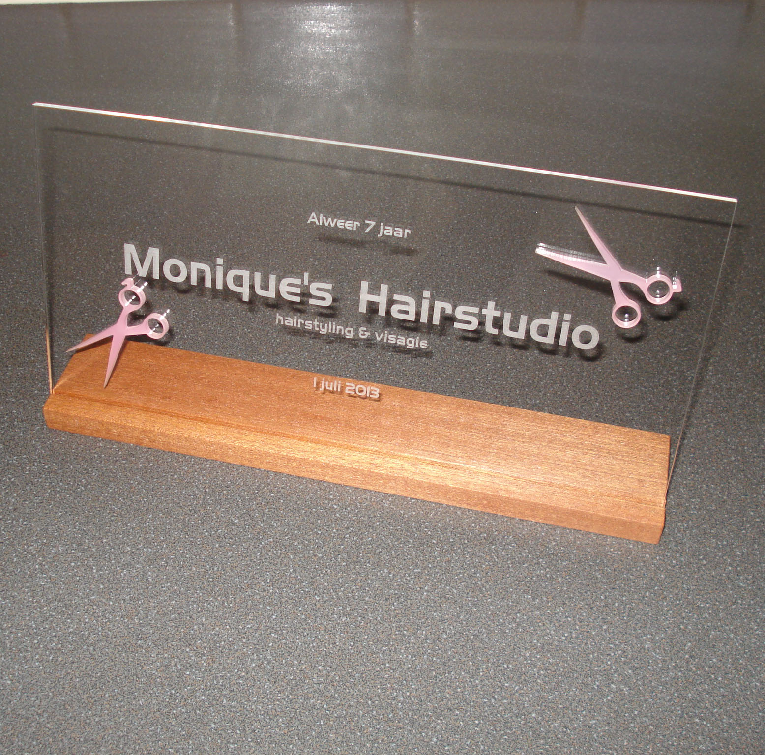 moniques-hairstudio-jpg